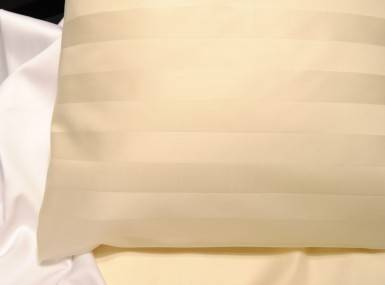Vorschaubild schlossberg bettwaesche marquise ivoire satin