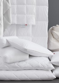 Schlafen wie auf einer Wolke - Schlossberg Decken & Kissen